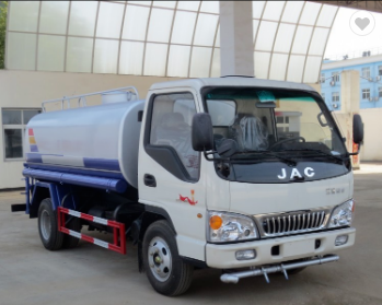 low price 120HP 4x2 JAC 6000 liter water truck for sale